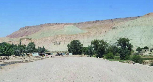 طالبان شاهراه هرات–بادغیس را مسدود و آنتنهای مخابراتی را قطع کردند