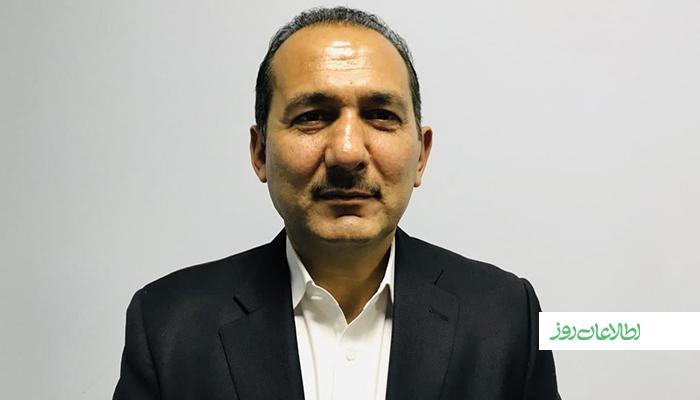 محمد لطیف قناویزیان یکی از غولهای تولیدی نوشابههای غیرالکلی و انرژیزا میگوید بیش از سه روز میشود که بهدلیل دسترسینداشتن به مواد خام، دوونیمهزار کارمندش بیکارند.
