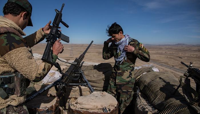 طالبان با استفاده از موتربمب نیروهای دولتی را در هرات آماج قرار میدهند. عکس: لاس انجلس تایمز
