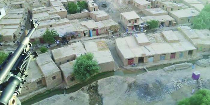 ولسوالی جوند در فاصله 180 کیلومتری قلعهنو مرکز ولایت بادغیس موقعیت دارد. گروه طالبان به جز مرکز این ولسوالی بر تمام جغرافیای این ولسوالی حاکمیت دارند. عکس: شبکههای اجتماعی