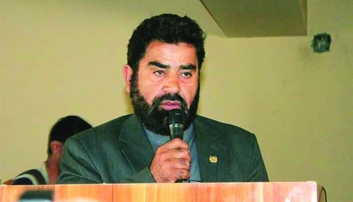 عبدالظاهر فیضزاده، والی غور میگوید که گروه طالبان شکست خوردهاند و به همین دلیل فشار بر مردم غیرنظامی وارد میکنند. عکس: مقام ولایت غور