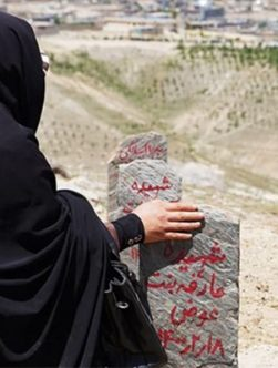 پیامدهای بمبگذاری یک مکتب دخترانه در غرب کابل بر روند صلح