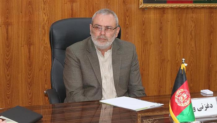 جنرال سید عمر نورستانی، والی ولایت غزنی میگوید در حال حاضر وضعیت تحت کنترل است و طالبان نتوانستهاند به اهداف شان در غزنی دست یابند. منبع عکس: دفتر والی غزنی