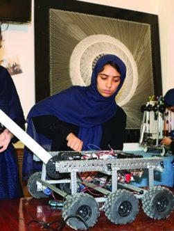 دختران رباتساز هرات نگران آمدن طالباناند