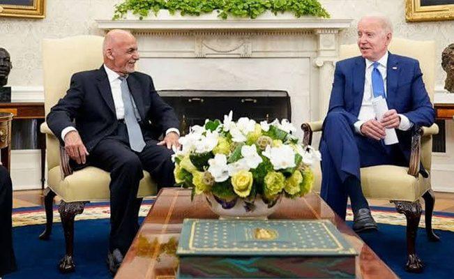 بازیِ دو سر باخت بایدن در افغانستان