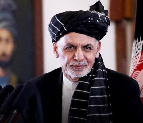 کنار نرفتن غنی مانع صلح است یا بهانهای برای طالبان؟