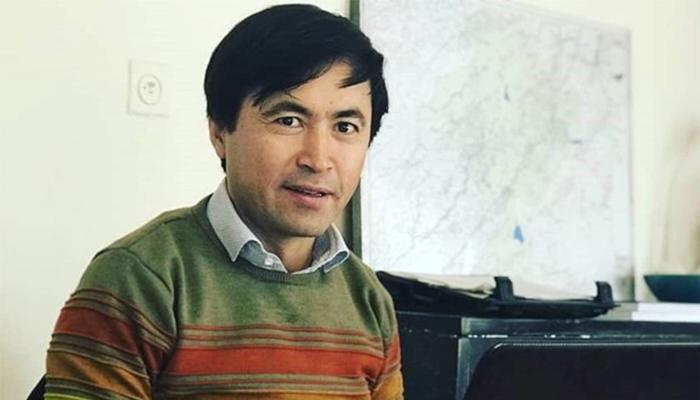 علی عادلی، پژوهشگر در شبکه تحلیلگران افغانستان