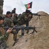 افغانستان بر سر دو راهی