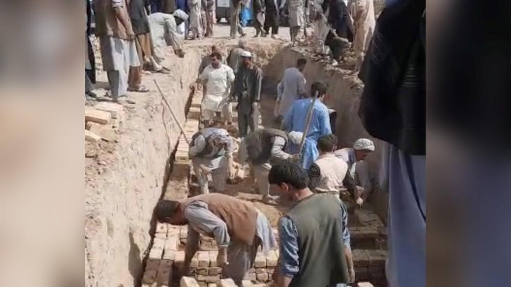 دفن قربانیان حمله بر مسجد سیدآباد